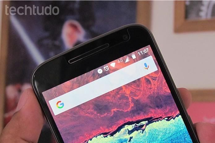 Moto G 4 Plus roda Android 6.0 quase puro, com agilidade nas atualizações (Foto: Paulo Alves/TechTudo)