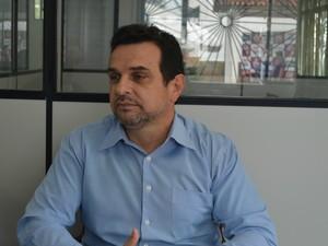 Diretor TRE Acre Carlos Venícius Ribeiro (Foto: Renata Brasileiro/G1)