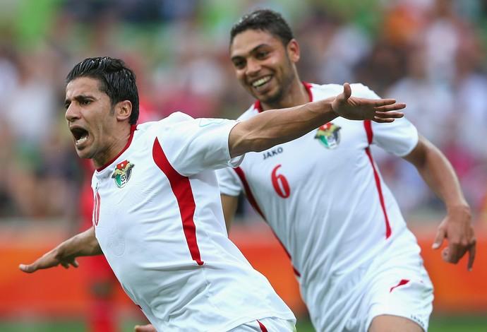 Hamza Al Dardour comemora um de seus gols (Foto: Quinn Rooney)
