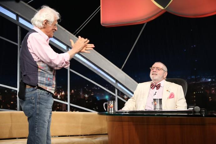 Ziraldo aplaude o amigo Jô Soares de pé (Foto: Carol Caminha/Gshow)