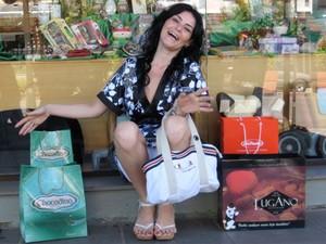 Taciana chegou a gastar R$ 1 mil em chocolates durante viagem a Santa Catarina (Foto: Divulgação/Arquivo Pessoal)