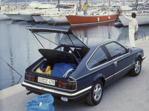 Opel Monza 3.0 (Foto: Divulgação)