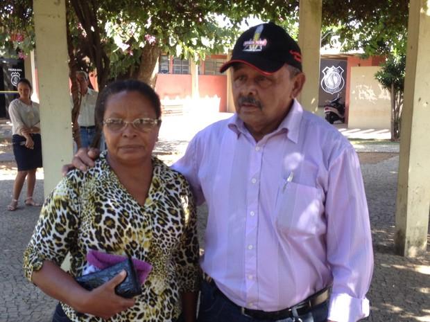 Pais de Jucimar, morto pela mulher, pedem a guarda da neta em Goiânia, Goiás (Foto: Paula Resende/ G1)