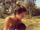 Giovanna Ewbank posta foto de biquíni com a filha, Titi