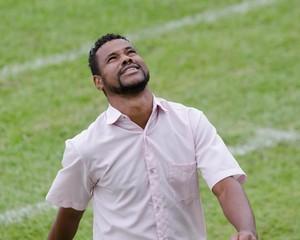 Cláudio Britto técnico União Barbarense (Foto: Sanderson Barbarini / Foco no Esporte)