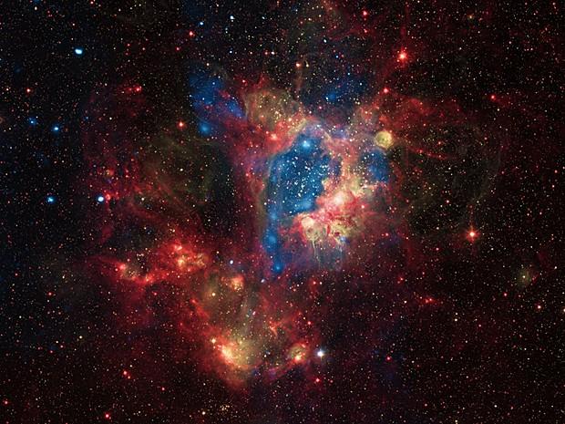 Nebulosa (Foto: Nasa/CXC/U.Mich./S.Oey, IR: Nasa/JPL, Optical: ESO/WFI/2.2-m)