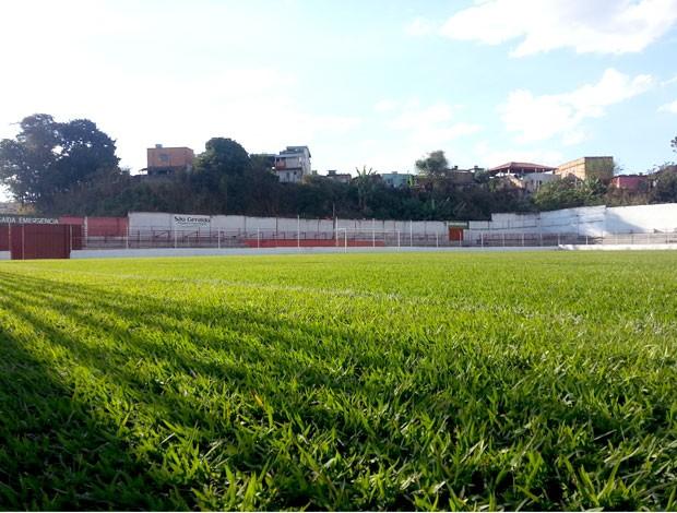 Estádio Waldemar Teixeira de Faria do Guarani-MG, de Divinópolis (Foto: Marina Alves)