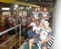 Deu samba: patrocínio da Grande Rio a equipe de MMA completa 10 carnavais