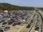 Rodovias que dão acesso ao litoral de SP registram congestionamento