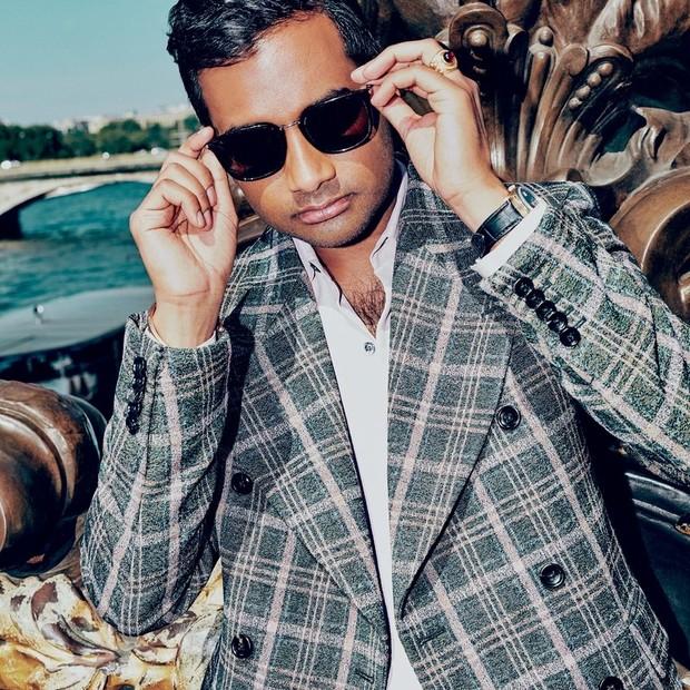 Aziz Ansari para a GQ Style (Foto: ARNAUD PYVKA)