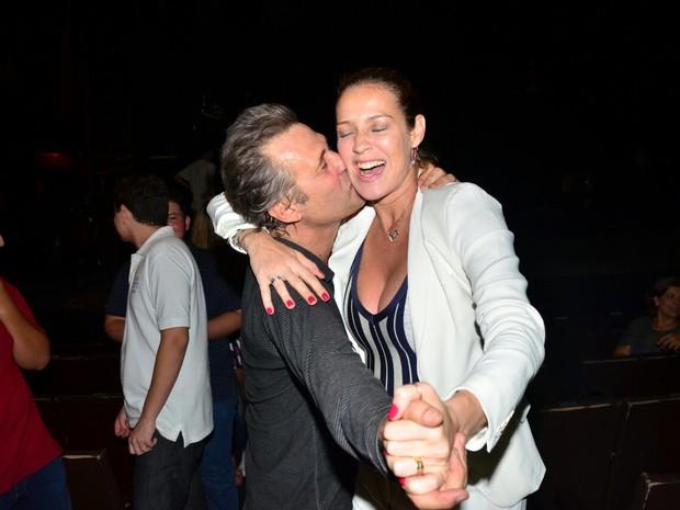 Nelson Freitas e Luana Piovani em peça na Zona Sul do Rio (Foto: Webert Belicio/ Ag. News)