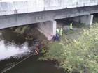 Jovem morre após Audi cair em  rio na Grande Florianópolis