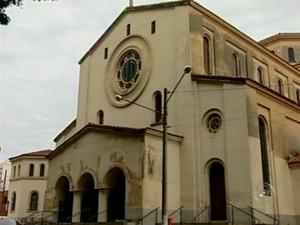 Reforma da igreja deve começar em fevereiro. (Foto: Reprodução TV Tem)