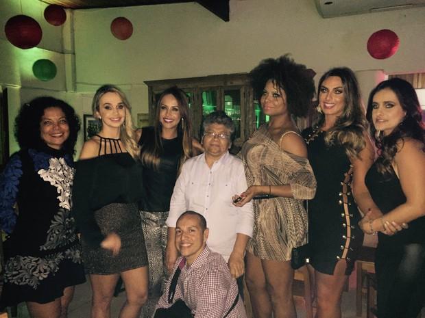 Marlene Mattos comemora aniversário com famosos em restaurante na Zona Oeste do Rio (Foto: Delson Silva/ Ag. News)