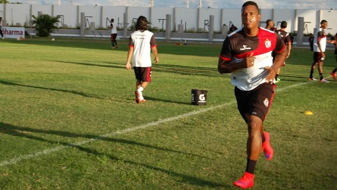 Gabriel Valongo, zagueiro do Campinense (Foto: Silas Batista / GloboEsporte.com)