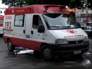 Ambulância do Samu (Foto: Reprodução/TV Bahia)
