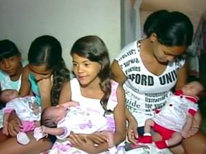 Mãe se desdobra para cuidar bem de 10 filhos (Foto: Reprodução/ TV Gazeta)