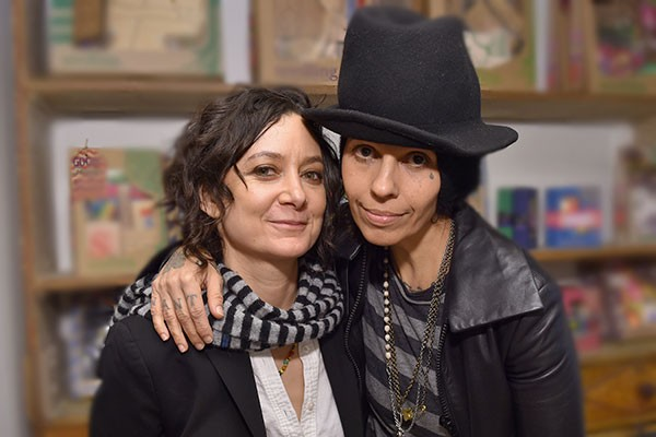 Sara Gilbert e Lidna Perry (Foto: Getty Images)