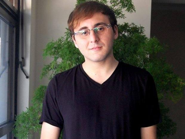 Felipe já escreveu dois livros e pretende publicar seus trabalhos um dia (Foto: Felipe Sali / Arquivo Pessoal)