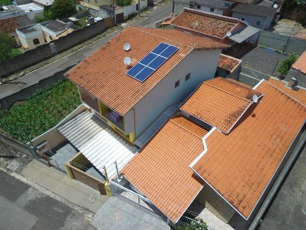 É feito um projeto para definir onde os painéis solares serão instalados (Foto: Divulgação)