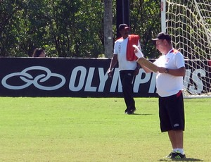 celso de rezende preparador fisico do flamengo (Foto: Janir Junior / Globoesporte.com)
