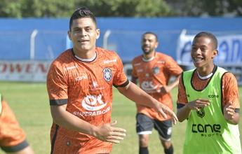 """""""No Rio Branco-ES têm jogadores que vestem a camisa"""", diz Gladiador"""