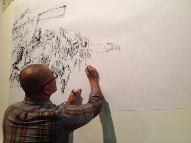 Kim Jung Gi desenha suas impressões da cidade de Curitiba (Foto: Divulgação/RPC TV)