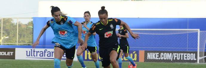treino seleção feminina Debinha (Foto: Antônio Lima/Sejel)