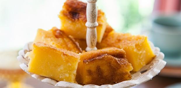 Broa de milho com queijo e coco (Foto: Lufe Gomes/ Editora Globo)