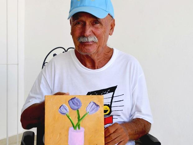 Luiz faz quadros no tratamento do mal de Parkinson  (Foto: Mariana Rodrigues/Prefeitura de Itanhaém)