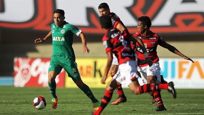 Atlético-GO x Goiás no Serra Dourada (Foto: Marcello Dantas/O Popular)