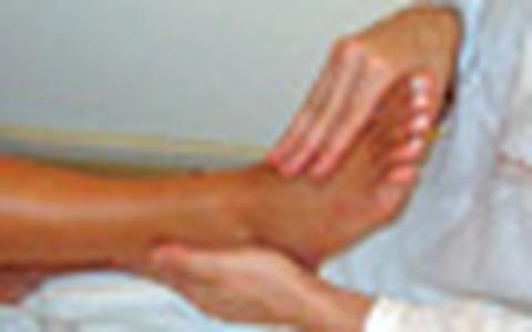 Especialistas mostram como deixar pés impecáveis