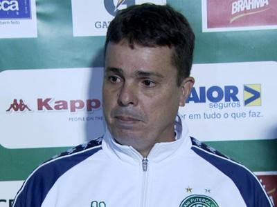 Evaristo Piza técnico Guarani (Foto: Carlos Velardi / EPTV)