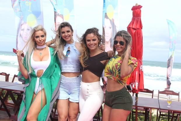 Veridiana Freitas, Tatiele Polyna, Natália Casassola e cacau colucci (Foto: Thiago Duran/AgNews )
