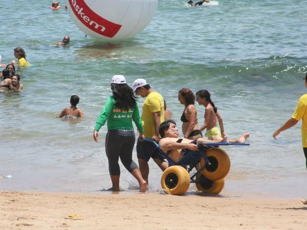 'ParaPraia' acontece neste domingo (31), na praia de Ondina, das 9h às 13h. (Foto: Divulgação / Secis )