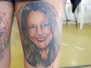 Tatuagem da cantora Ana Carolina (Foto: Mariane Rossi/G1)