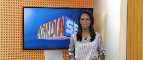 Maristela Niz apresenta o Bom Dia Sergipe desta quinta-feira (Foto: Divulgação / TV Sergipe)