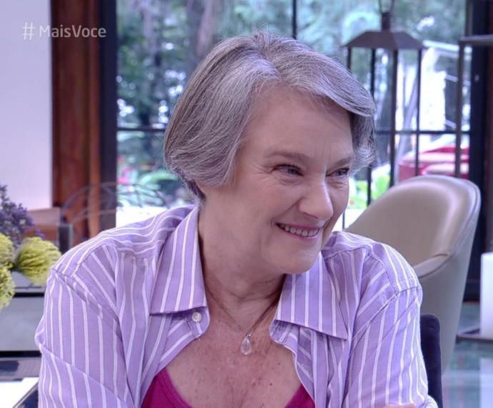 Selma Egrei toma café no 'Mais Você' (Foto: TV Globo)