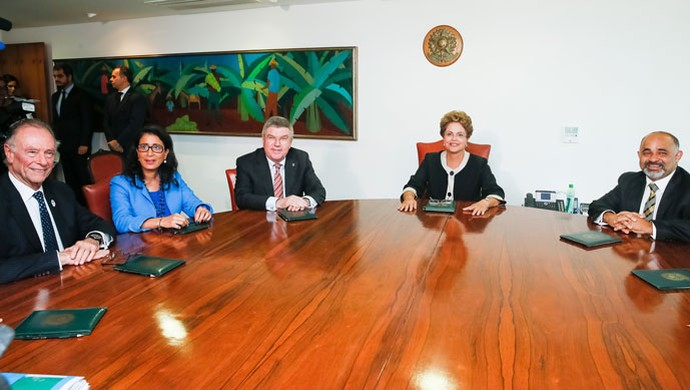 Dilma Rousseff e Thomas Bach (Foto: Roberto Stuckert Filho/PR)