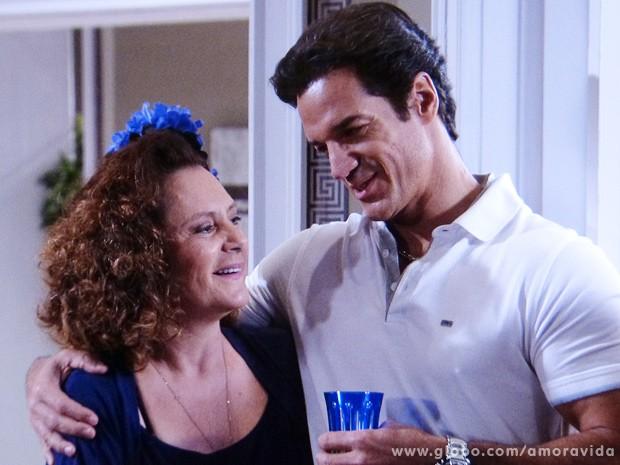 Ignácio diz que vai registrar Marijeyne em seu nome (Foto: Amor à Vida / TV Globo)