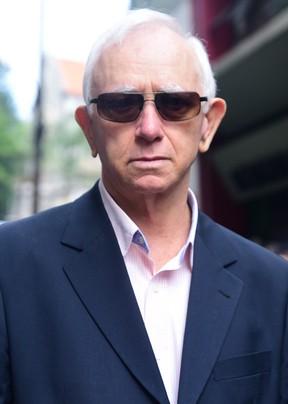 Gilberto, irmão de Umberto Magnani, no velório em São Paulo (Foto: Leo Franco / AgNews)