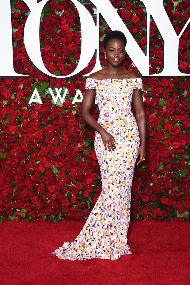 Lupita Nyong'o no Tony Awards (Foto: AFP)