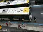 Adolescentes suspeitos de assaltos são apreendidos na Barra, Rio