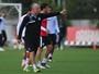 Santos relaciona 23 jogadores para duelo contra o Internacional, na Vila
