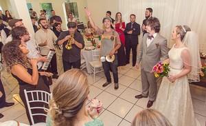 O som da Gringo's Washboard Band é a trilha sonora oficial do romande de Juliano e Patrícia (Foto: Arquivo pessoal/ Marcos Pratt)