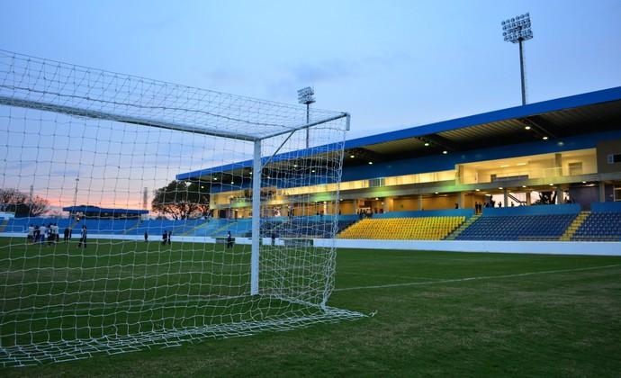 Estádio Martins Pereira - São José dos Campos (Foto: Danilo Sardinha/GloboEsporte.com)