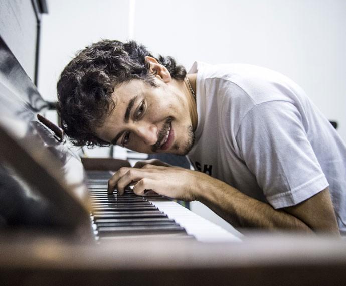 Jesuíta diz estar encantado com a música clássica (Foto: João Cotta/TV Globo)
