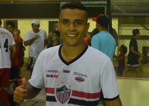 Atacante do São José, Fábio, autor do gol da vitória do Tricolor do Laguinho (Foto: Rafael Moreira/GE-AP)