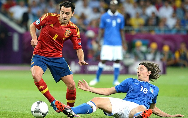 Xavi na final entre Espanha e It&#225;lia  (Foto: AFP)
