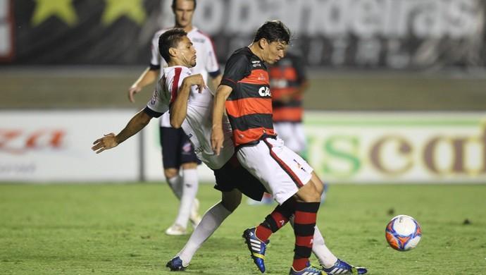 Atlético-GO x Trindade no Serra Dourada (Foto: Benedito Braga/O Popular)